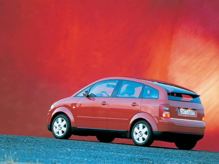 Left side view of red Great Audi A2 Car
