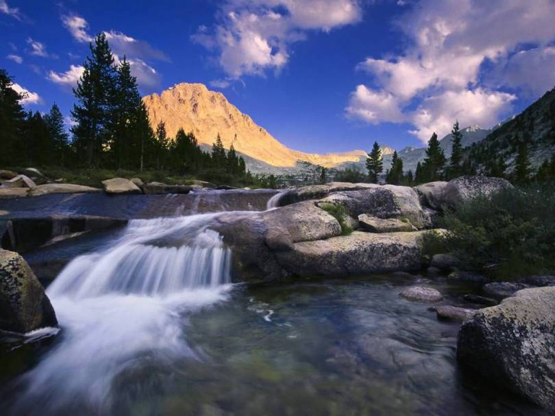 Most Inspirational Center Peak Over Bubs Creek Kings Canyon National Park California 4K Wallpaper