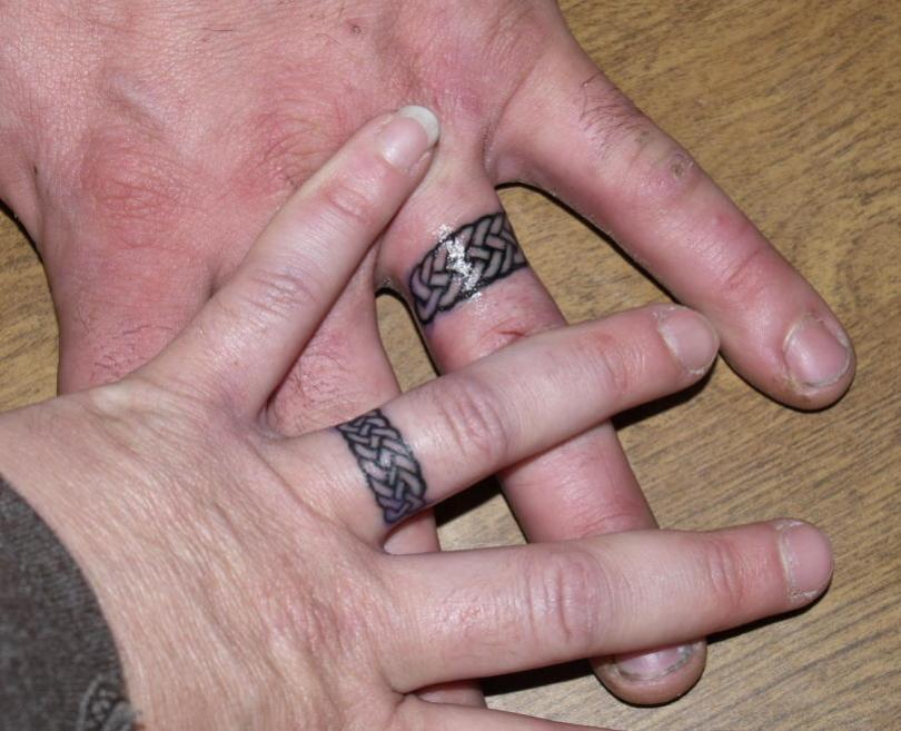 Nice Black Color Ink Wedding Ring Couple Tattoo