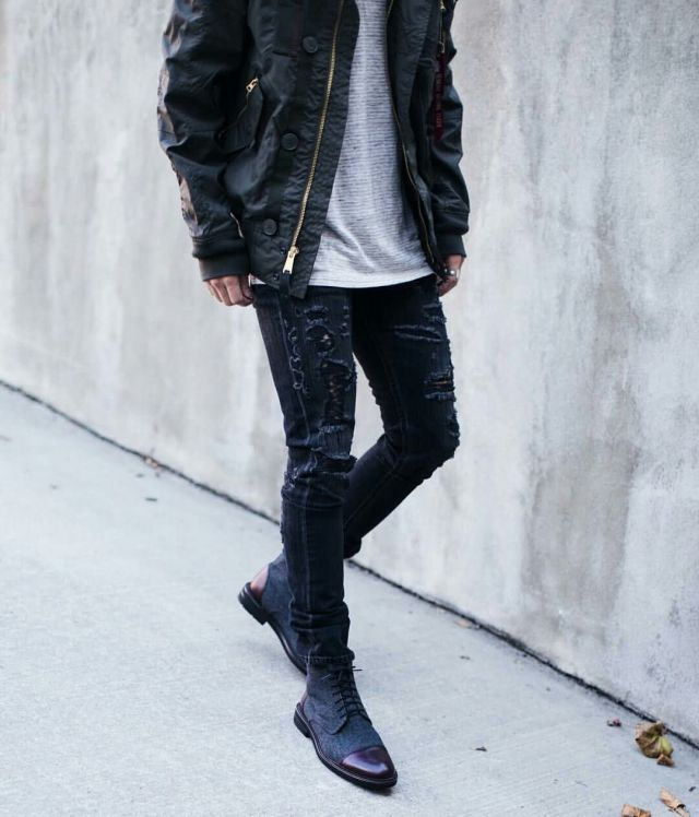 Nice Jacket For Men With Wonderful Black Leather Shoe