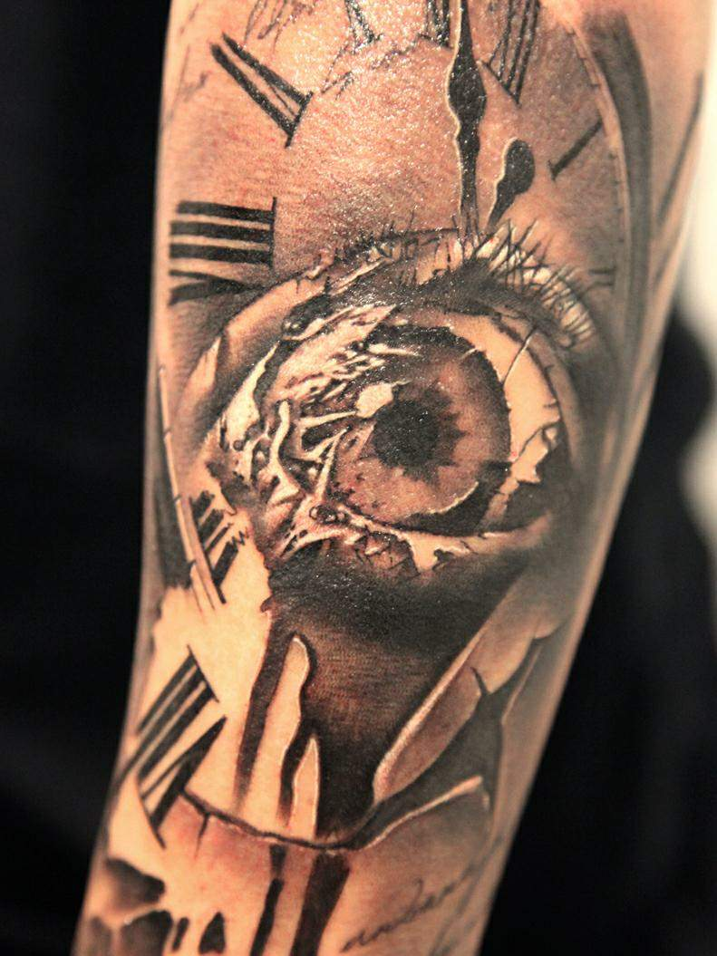 Popular Red And Black Color Ink Shining Clock And Eye Tattoos For Girls