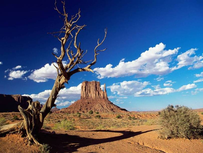 Superb West Mitten Butte Monument Valley Arizona 4K Wallpaper