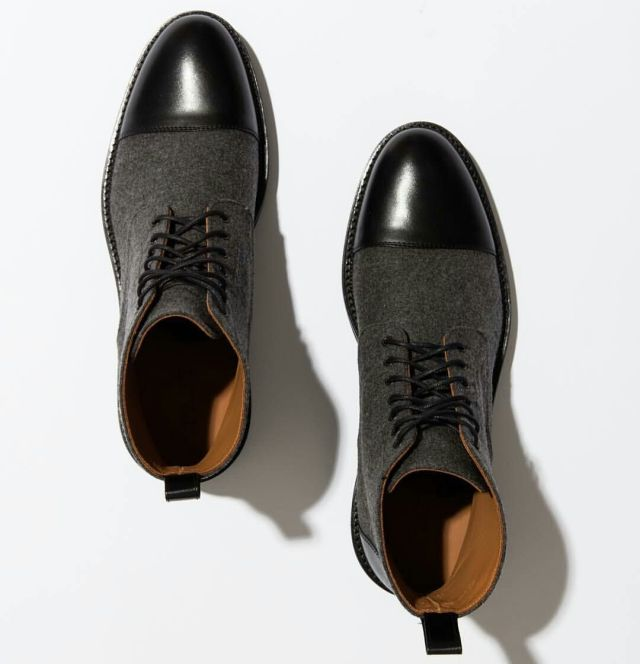Ultimate Black Shoe Highlight With Lack Leather On Top