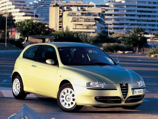 Very fast wonderful Alfa Romeo 147 Car on the road