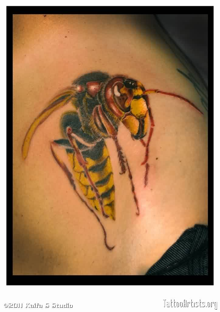 Weird Black Yellow And Red Color Ink Bee Tattoo Image On Shoulder For Firls