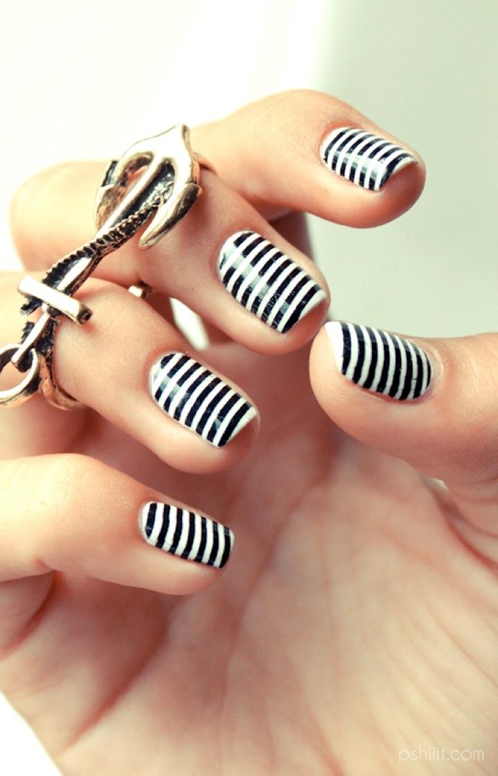 Amazing Stripes Of Black And White Nail Art