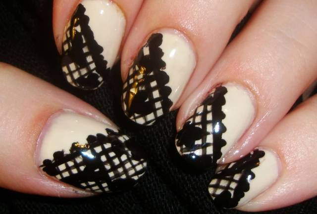 Awesome Black And Beige Nail Art With Diagonal Design