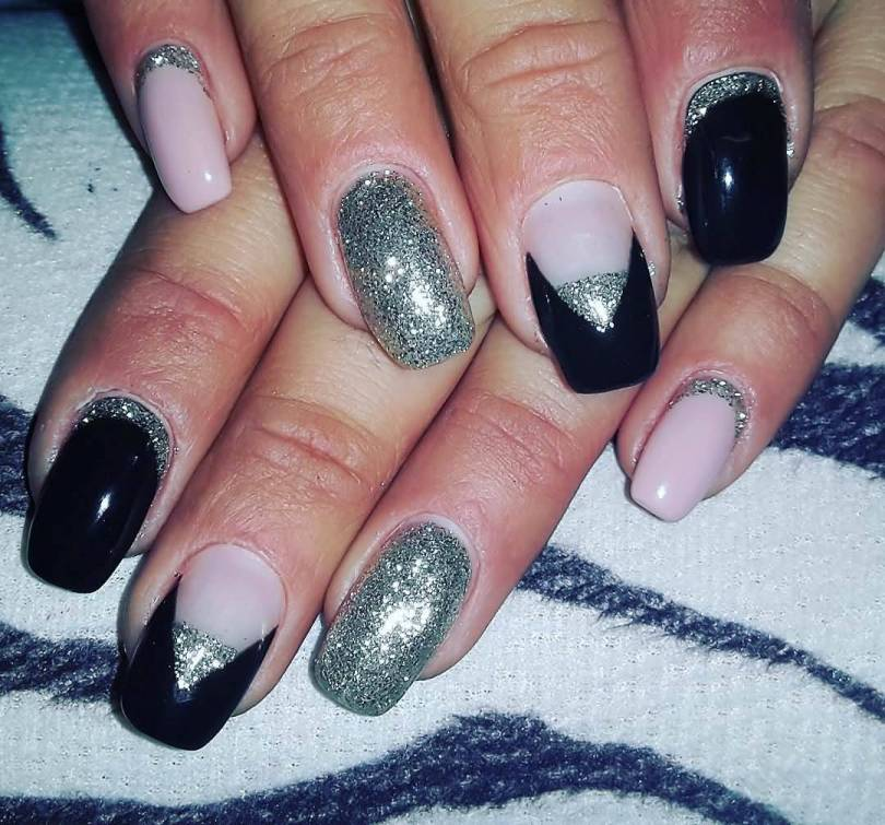 Awesome Black Nail Art With Silver Nail Paint