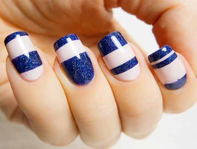 Beautiful Blue Nail Art With Shinning Nail Tip