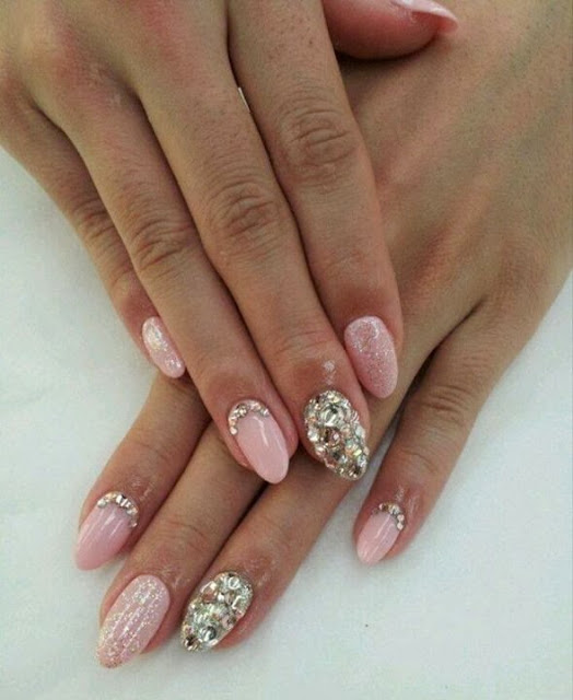 Beautiful Pin Color With Silver Color Nail Paint Almond Shaped Acrylic Nail Art