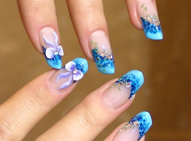 Best Blue Nail Art On Tips Only