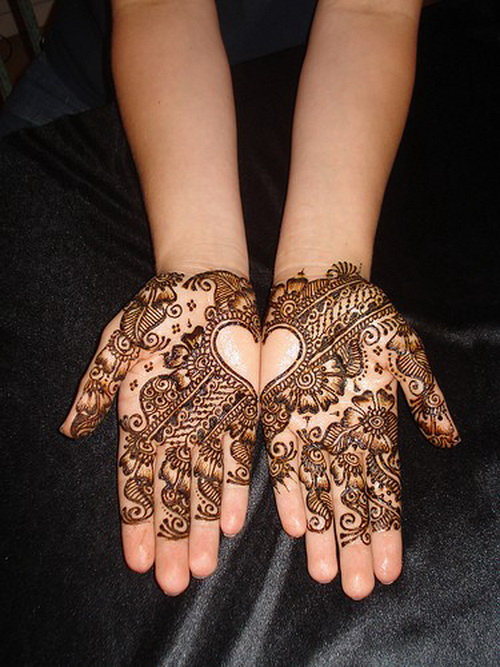 Cute Again Henna Hand Tattoo Designs For Girls