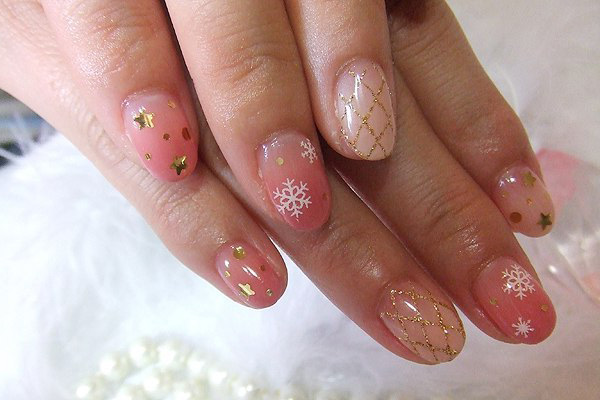 Cutest Baby pink Paint With Snow Acrylic Short Nail Design