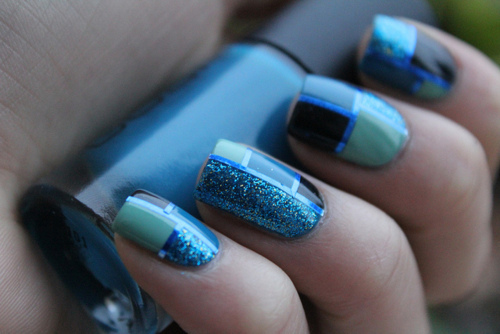 Dashing Blue Nail Art With Sparkling Paint