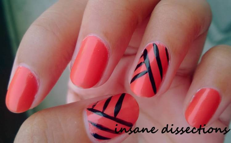 Dashing Red And Black Linning Accent Nail Design