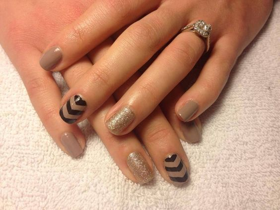 Eye Catching Black And Beige Nail Art With 3 V Shape Design