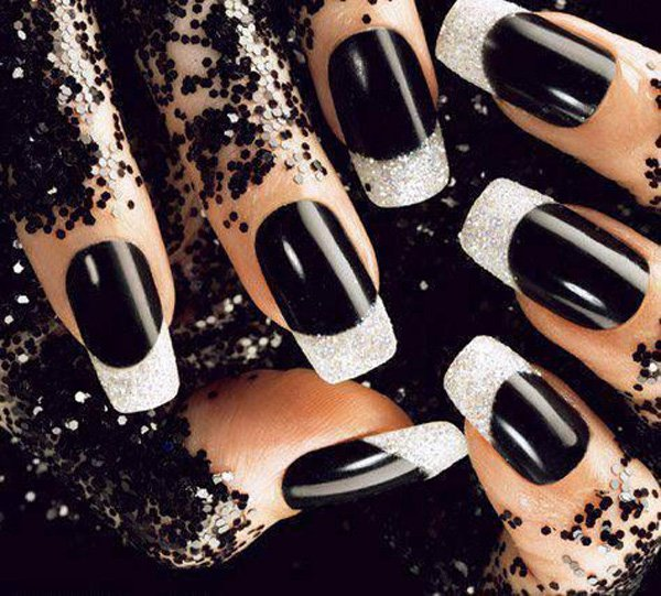 Fabulous Black Nail Art Design With Silver Color Tip