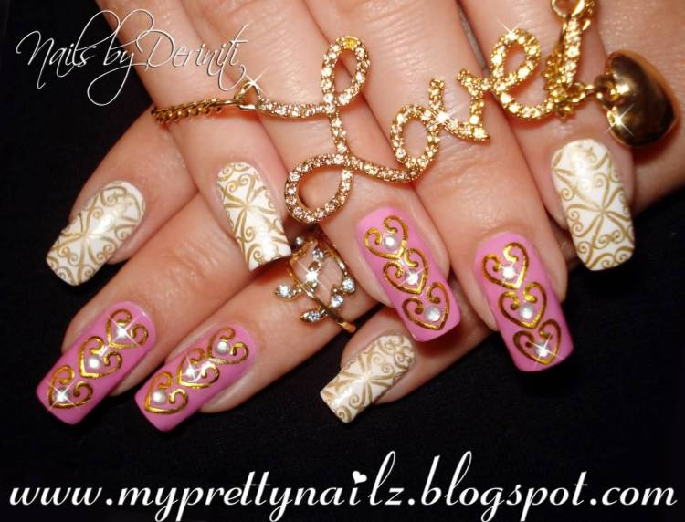 Fabulous White Ink Nail Paint With Golden Ink Decoration 3D Nail Art