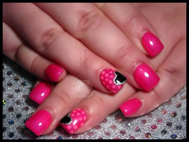 Fantastic Heart Design With Pink dottes Pink Acrylic Nail Art Design