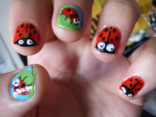 Funny Insect Acrylic Short Nail Design