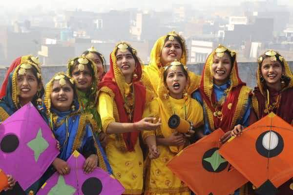 Girls Celebrating Basant Panchami Flying Kites Wishes Images