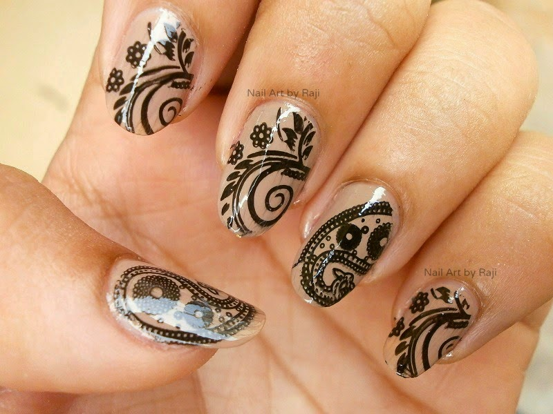 Great Black And Beige Nail Art With Flower Design