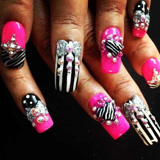 Incredible Black And White Stripes With Pink Nail Paint 3D Nail Art