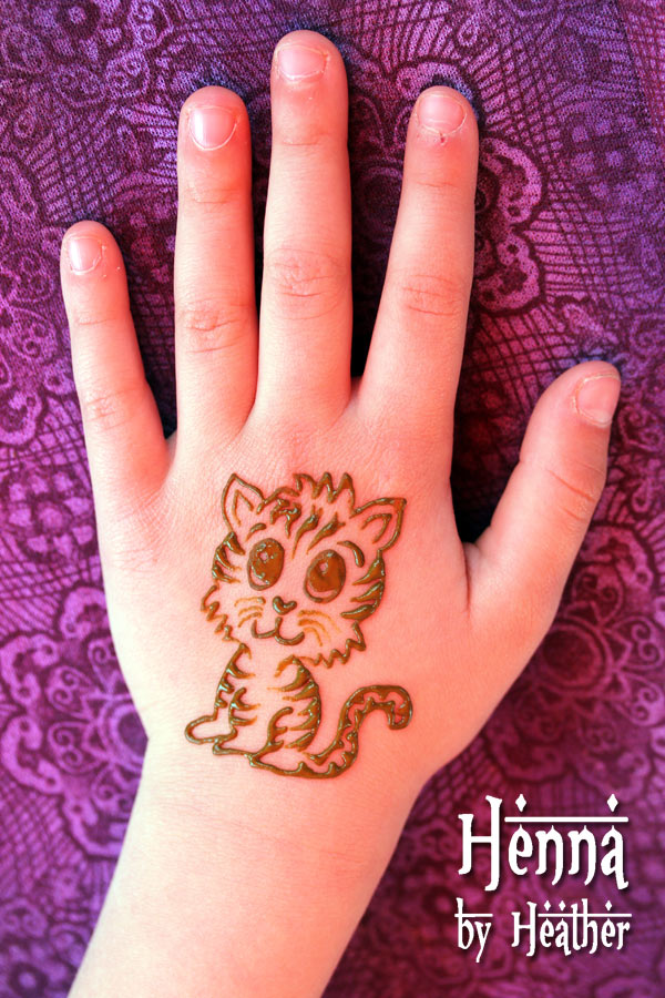 Inspiring Baby Tiger Henna Tattoo On Hand For Girls