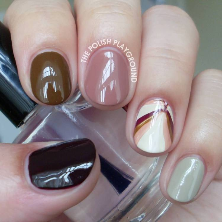 Mind Blowing Style Of Nail Paint Accent Nail Art