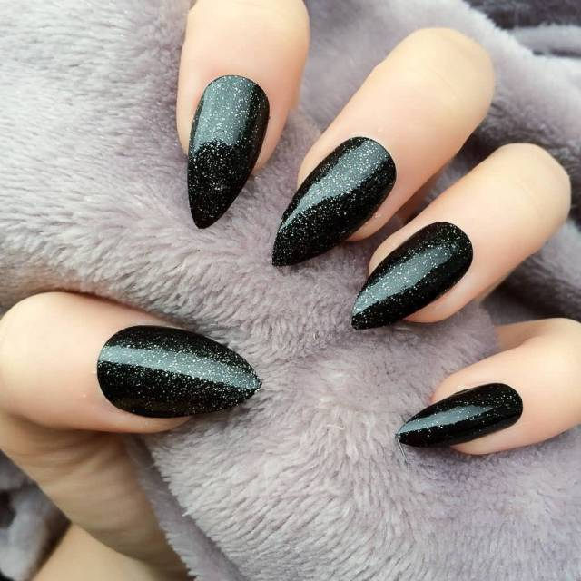 Most Amazing Black Matte Nails With Sparkling Paint