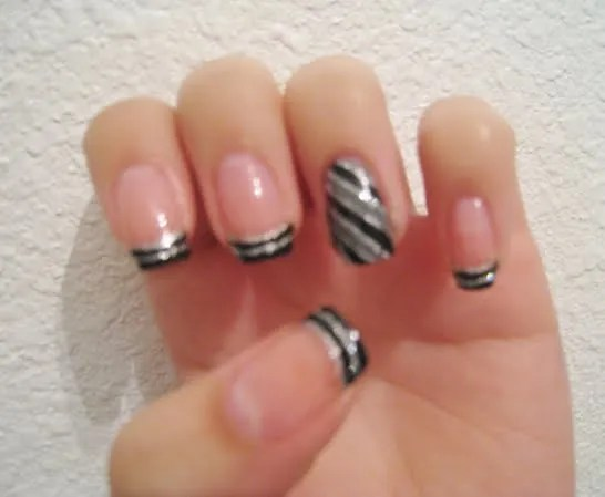 Most Fantastic Black And Grey Nails On Tip