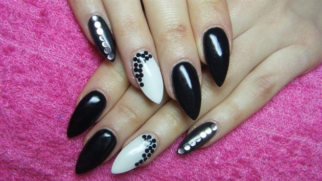 Most Trending Stiletto Nails With White And Dot Design