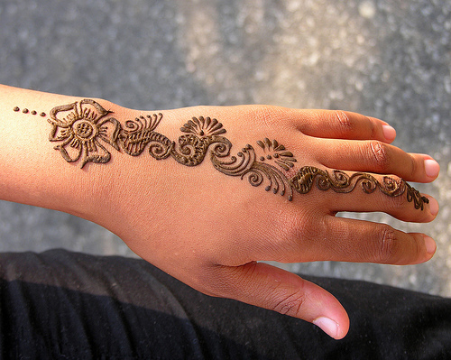 Passionate Henna Tattoo On Hand For Girls