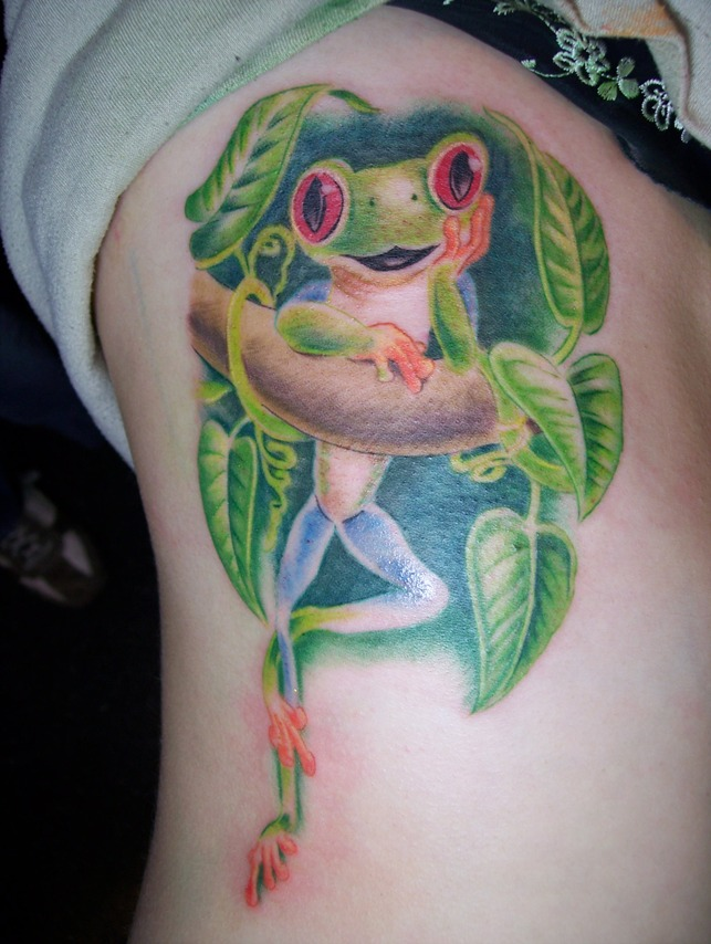 Passionate Red Eyed Tree Frog With Vine Tattoo On Rib For Girls
