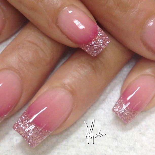 Sparkling Pain Nail Tip Pink Acrylic Nail Art Design