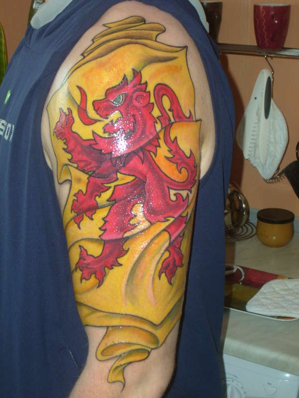 d4f1442ce 55 Beautiful Flag Tattoos Which Will Remind Your Country | Picsmine