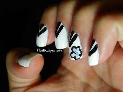 Superb Black And White stripes Accent Nail Art