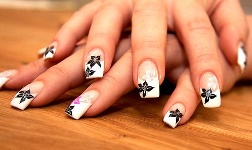 Superb Flower Design On Naked Nails Black And White Nail Art