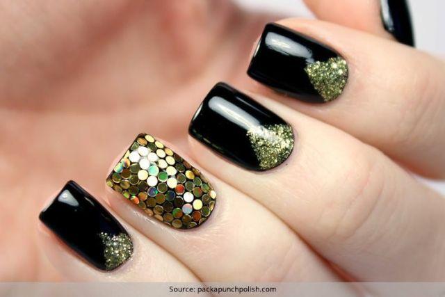 Tremendous Black Nail Art Design With Golden Color Sparkling Nail Paint