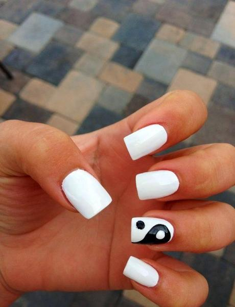 Unique Black And White Nails With Yin Yan Design