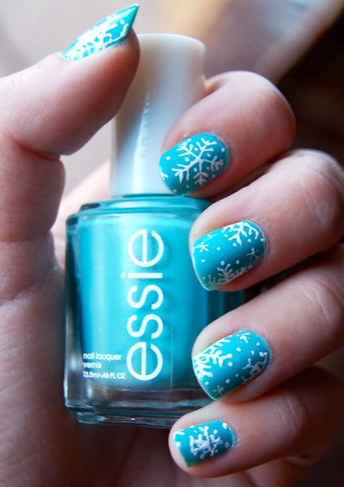Unique Blue Nail Art With Snow Design