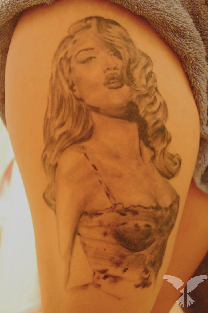 Weird Pin Up Girl Tattoo On Thigh For Girls