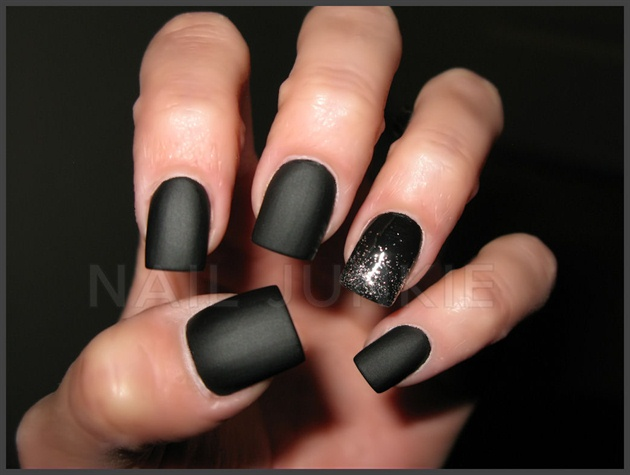 Wonderful Black Matte Nails With Sparkling Paint Black Matte Nail