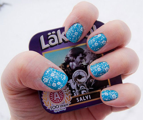 Wonderful Blue Nail With Flower Design