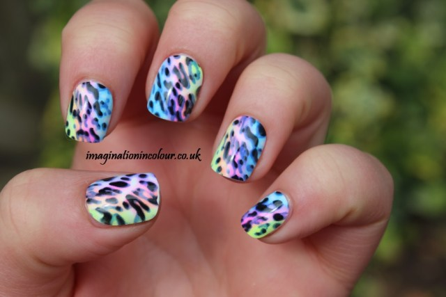 Wonderful Mixed Color Acrylic Short Nail Design