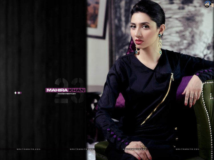 awesome mahira khan sitting on sofa