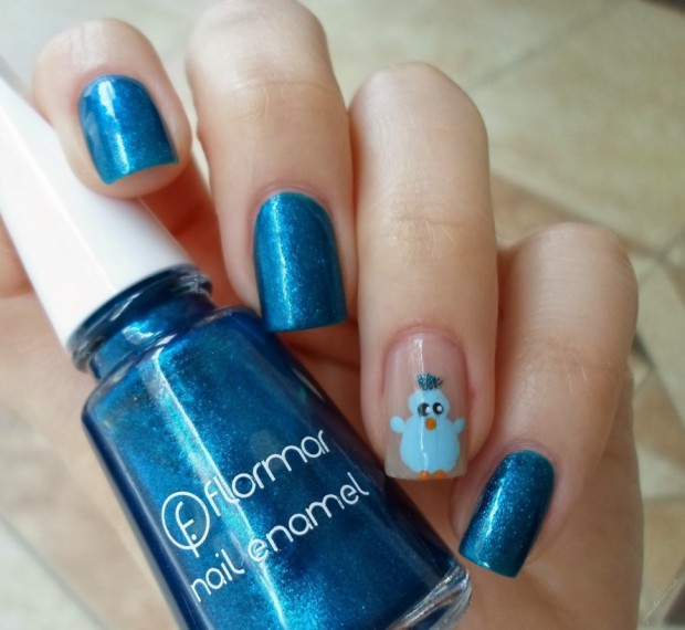 Dashing Blue Nail Art With Bird Design