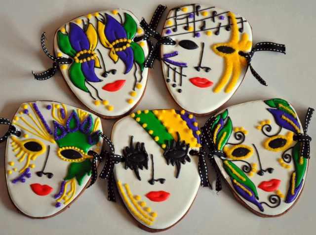 7 Mardi Gras Mask Image