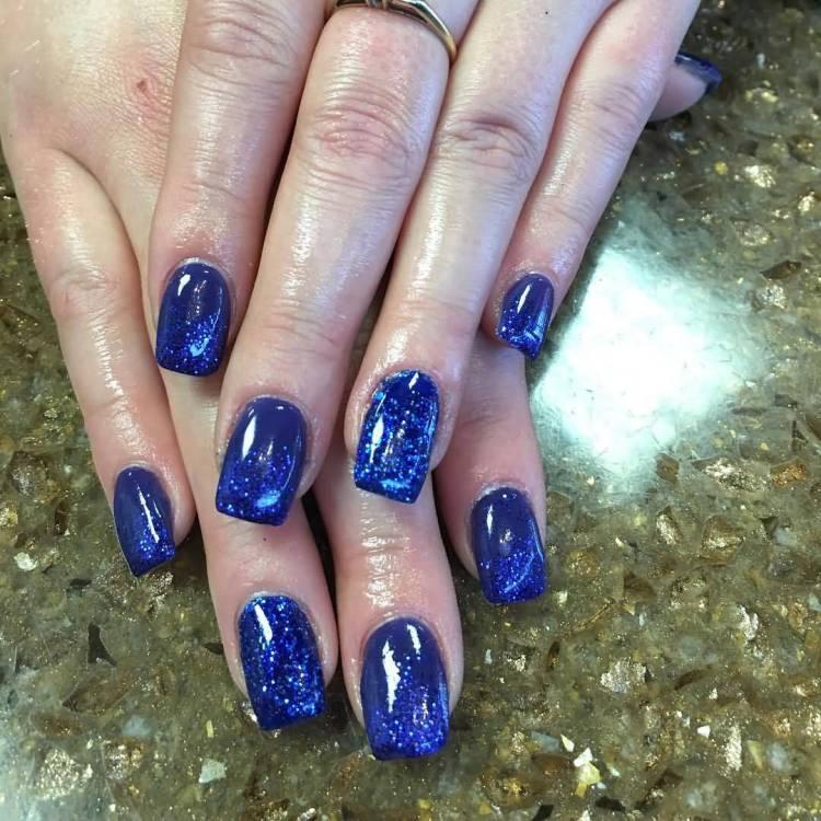 Fantastic Glittery Blue Nails