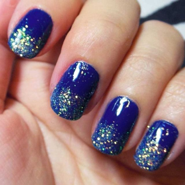 Incredible Blue Nails With Sparkling Tips